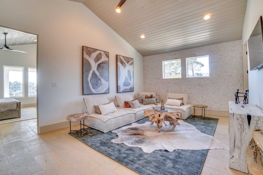 tall ceiling in living area