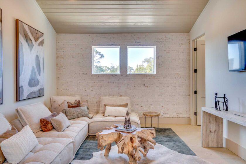 cozy living areda